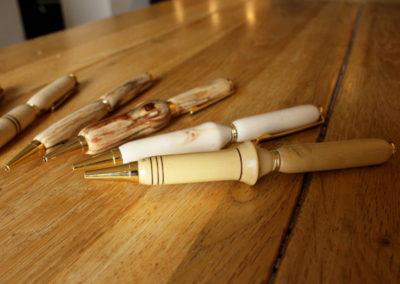 Stylos en bois faits main - Pièces uniques - - L'Atelier de Valérie - 73330 Domessin