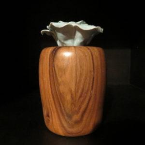 Fidji. Décoration en noyer . Tournage sur bois. Fabrication artisanale. Pièce unique. L'Atelier de valérie. Domessin . Savoie