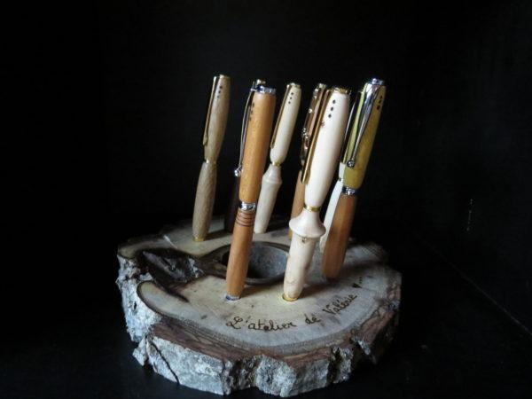 Stylo en bois. Tournage sur bois.. Fabrication artisanale. Pièce unique. L'Atelier de Valérie. Domessin. Savoie